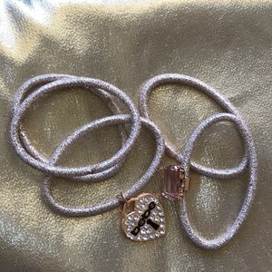 Bebe hair ties 5 in all gold and rose gold